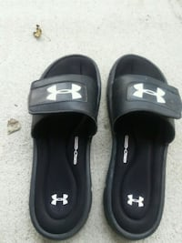 pair of black Under Armour slide sandals Conway, 29527