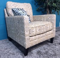 ***Ashley Furniture Accent Sofa Chair (Free Delivery)