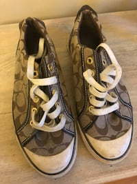 Coach running shoes Laval, H7W 1T6