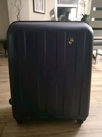 Heys suitcase 28 inches  Georgetown, L7G