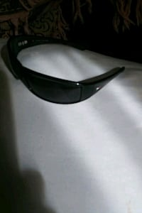 Tommy Hilfiger sunglasses paid 125 Lincoln, 68510