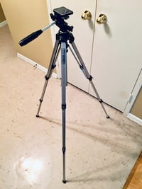 Light Weight Portable Tripod Toronto, M3C 1L7