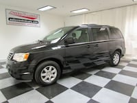 2008 Chrysler Town & Country 4dr Wgn Touring Akron
