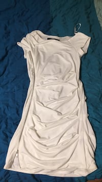 Size Small Dresses Pinecrest, 33156