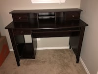 Wooden desk Dallas, 75226