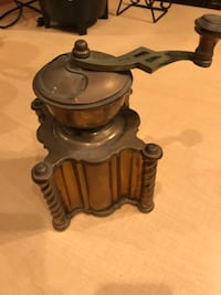 Old coffee grinder 43 km