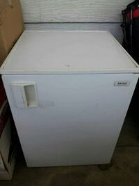 Admiral mini fridge Yucaipa, 92399