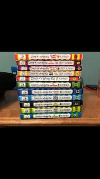 Diary of A wimpy kid 11 book set 121 mi