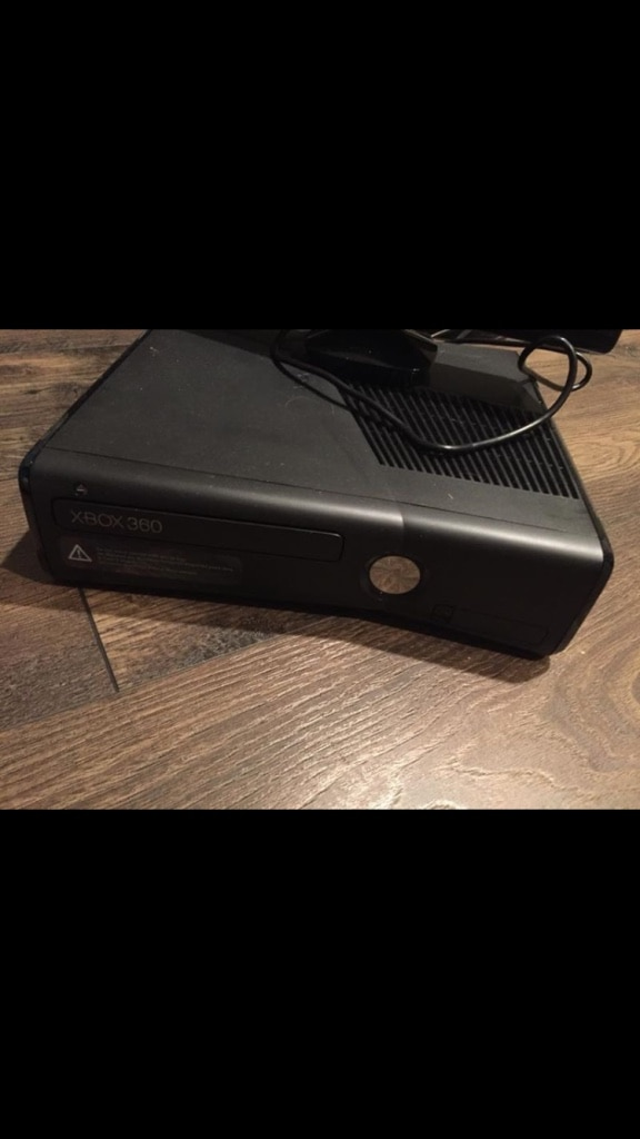 black Microsoft Xbox 360 console for sale  Edwardsburgh/Cardinal