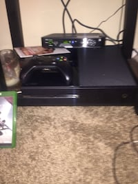 Xbox one comes with game and controller Bladensburg, 20710