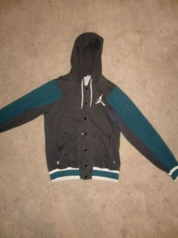 660721a050b356 Used JORDAN Varsity style button up hoodie for sale in Stanwood - letgo