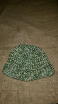 green and white knit cap El Paso, 79928
