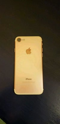 Rose Gold iPhone 7 128GB 2273 mi