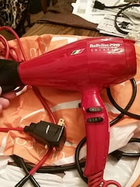 red Babyliss Pro hair dryer Youngstown, 44512