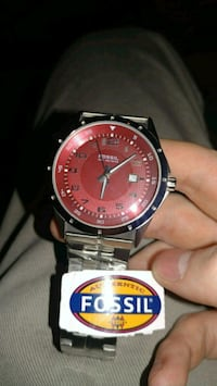 Fossil 100 Meters Red Edition  Woodinville, 98077