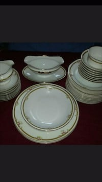 white-and-green ceramic dinnerware set City of Westminster, SW1