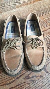 Sperry shoes beige