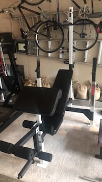 Beautiful Weider Pro 900 bench with lat tower, preacher curl & leg attachments!! Grayslake, 60030