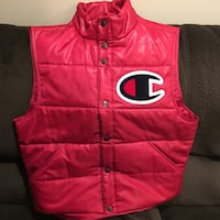 Red and black zip-up vest Buffalo Grove, 60089