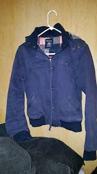 women's fall jacket size medium London, N5W 1Y8