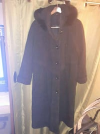 Long black womens button-up winter coat Edmonton, T5G 2H8