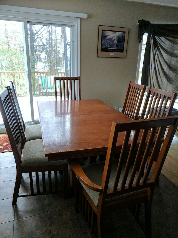 Used Rectangular Brown Wooden Dining Set For Sale In Barrie
