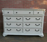 Shabby chic/French provincial.Dresser.off-white Los Angeles, 90045