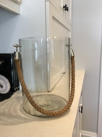 Large glass container LaSalle, N9J 3Y3
