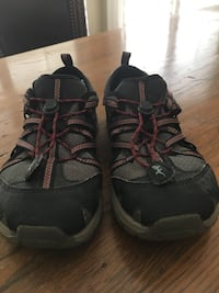 Chaco Shoes Size 2 Taylors, 29687