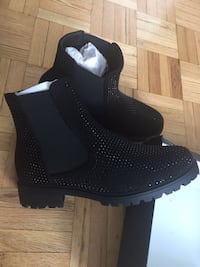 New women's boots Côte-Saint-Luc, H4W