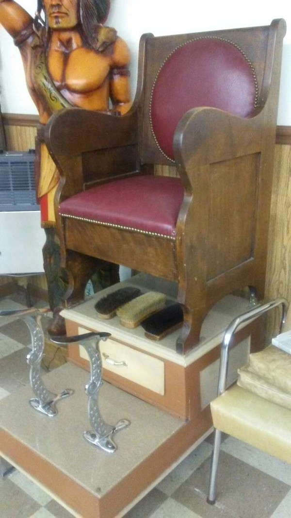 Antique shoe shine chair - Used Antique Shoe Shine Chair For Sale In Gainesville - Letgo