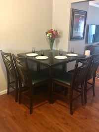 High Top Table and Stools Woodbridge, 22192
