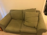 Used love seat really comfy moving I can't help bc I injured my leg  Centreville, 20120