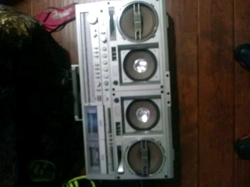 Double cassette player &  AM/FM Radio  dbd3f06d-fdb7-438b-bd2c-b336cd695357