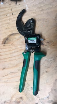 Green Lee ratcheting cable cutters  Edmonton, T5W