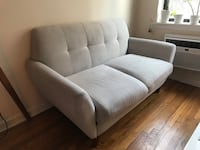 Sofa New York, 10128
