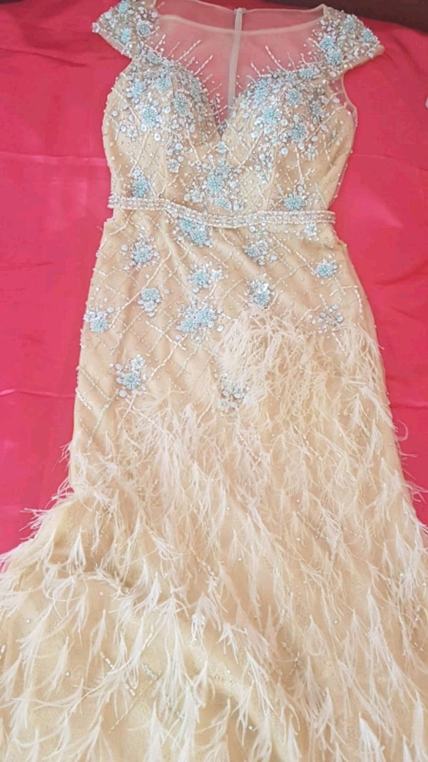 Dress barely used