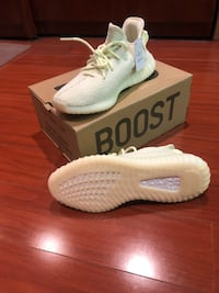 pair of white Adidas Yeezy Boost 350 on box Halton Hills, L7J 2L8