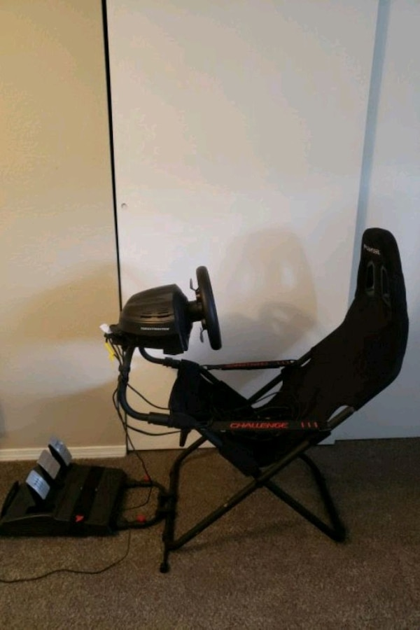 Playseat Challenge and Thrustmaster T300 GT