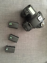 Canon 7D with 50mm lens, batteries, bag, card Oslo, 0153
