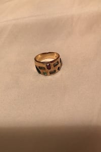 Gold Ring with multi-color stone