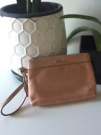 Coach wristlet (dusty rose colour)  Lake Country, V4V 2P2