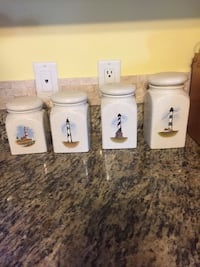 Kitchen canister set Bridgeville, 19933
