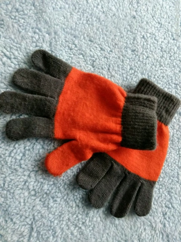 Children's Place Gloves
