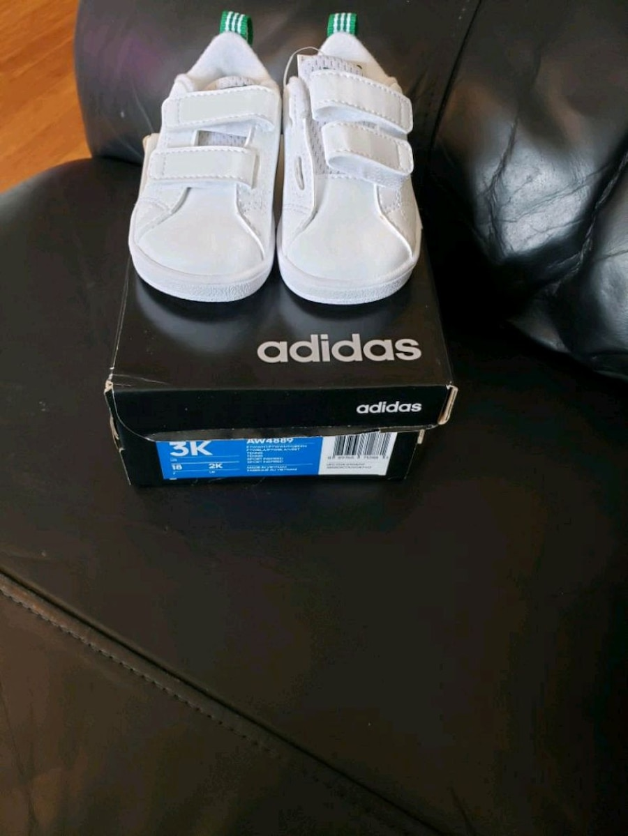 Photo Baby all white Adidas sneakers