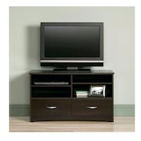 """Saunders 46"""" TV Stand *new in box* 538 km"""