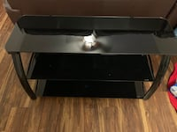 Black tv stand  Spring Hill, 37174