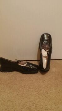 Girls patent leather shoes Baltimore, 21244