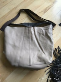 Brand new leather shoulder/cross purse Edmonton, T6J 6R8
