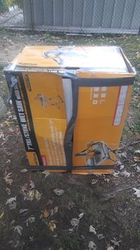 Home Depot Tile Cutting Wet Saw (Used For just one Kitchen). College Park
